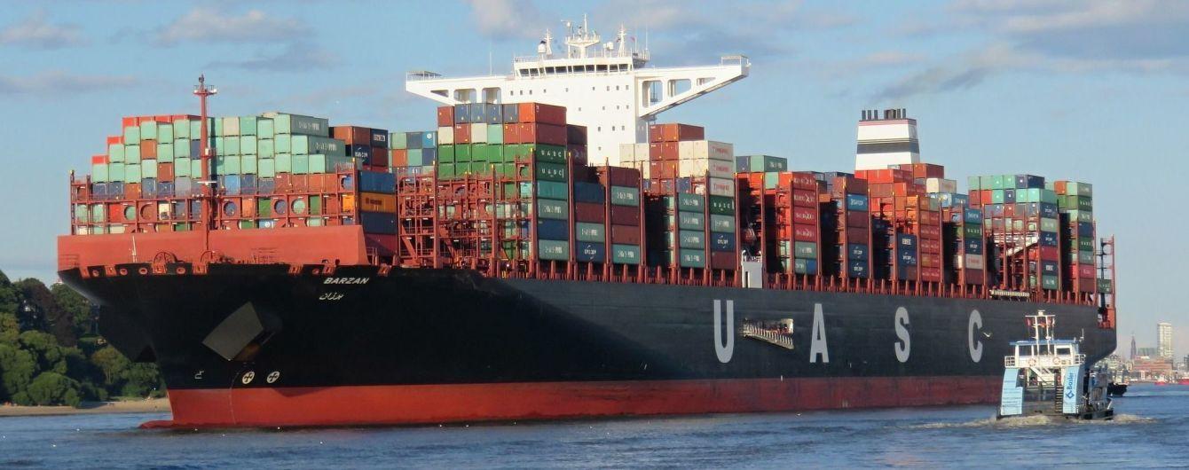 Аварія з токсичними хімікатами у Північному морі: узбережжя розчищають голландські військові