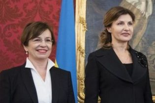 Битва образов первых леди: Марина Порошенко vs Дорис Шмидауэр