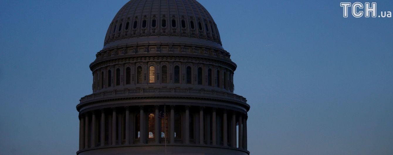 В США снова не смогли утвердить бюджет