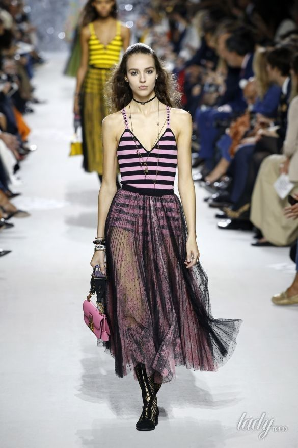 Коллекция Christian Dior прет-а-порте сезона весна-лето 2018_16