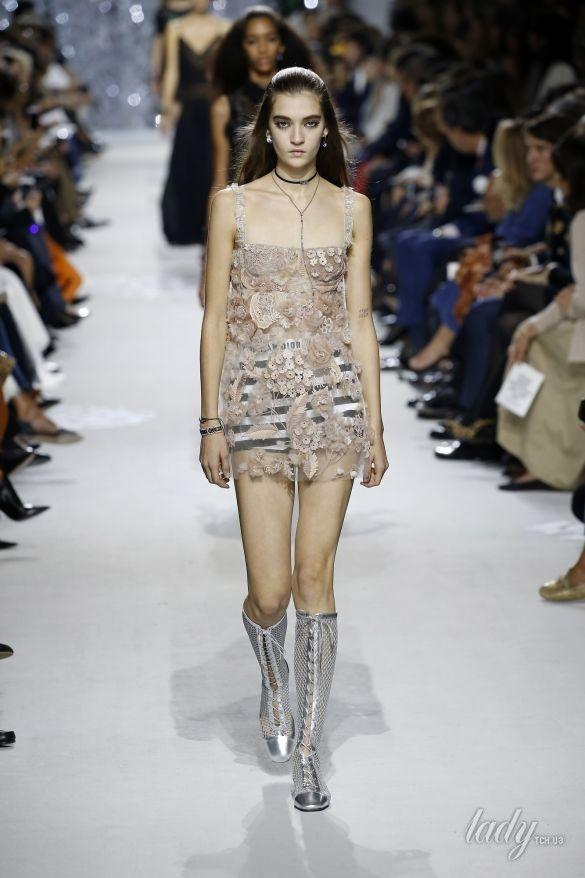 Коллекция Christian Dior прет-а-порте сезона весна-лето 2018_24