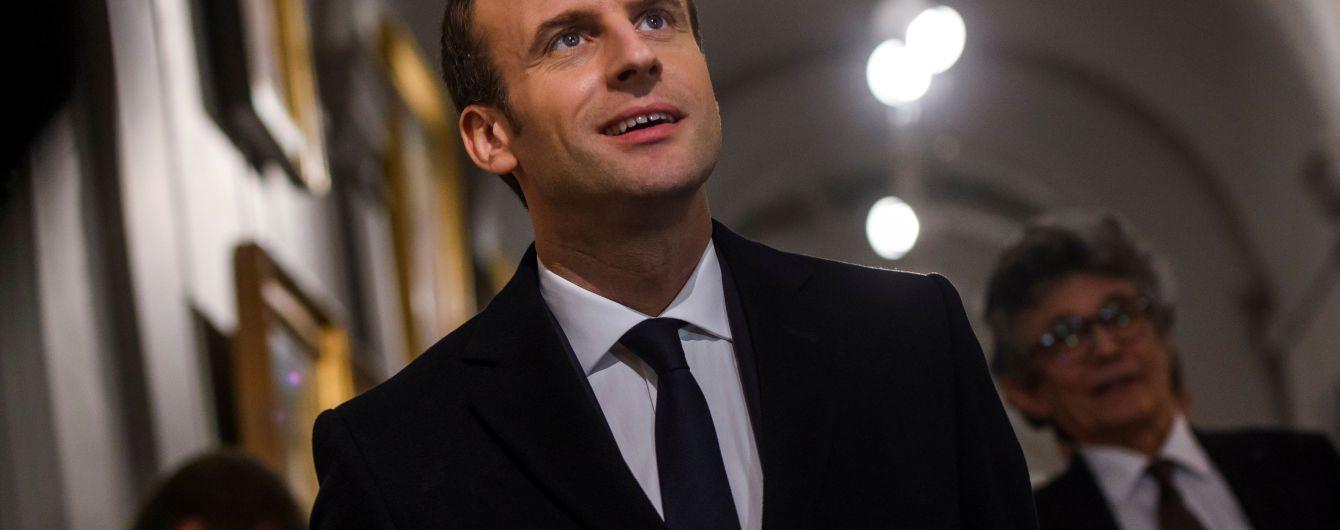 Макрон отметил, что ракетные удары коалиции не является объявлением войны режиму Асада