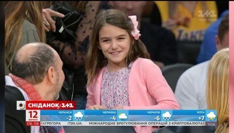 Через шість років розлуки Том Круз знову почав спілкуватися із донькою