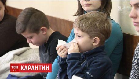 В Киеве, чтобы остановить заболевание детей гриппом, школы закрывают на карантин