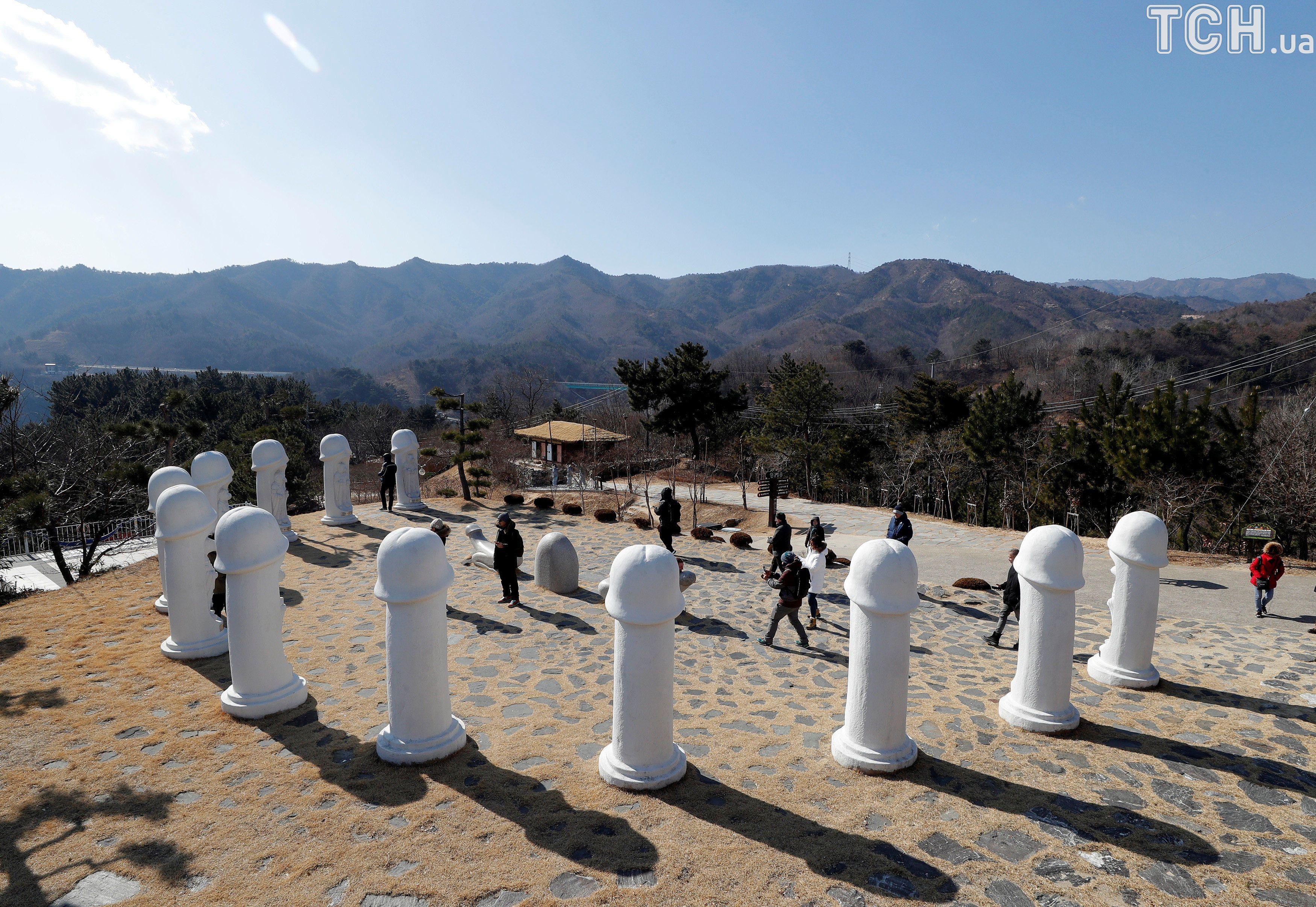 Парк пенісів, Південна Корея_10