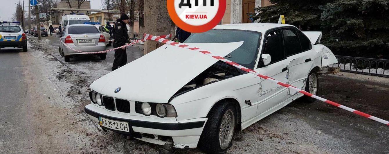 У Києві водій BMW на тротуарі на смерть збив жінку