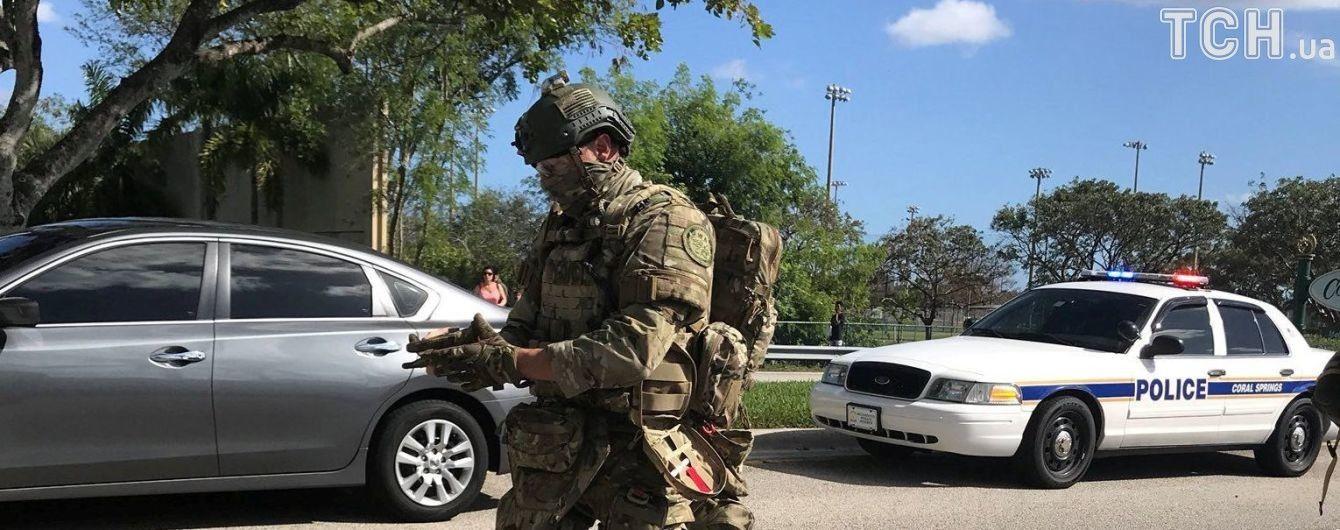 Число погибших в результате стрельбы в школе на юге Флориды выросло до 17 человек