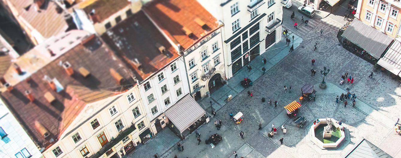 Особлива атмосфера та відсутність тиску мегаполіса. Чому українці переїжджають до Львова
