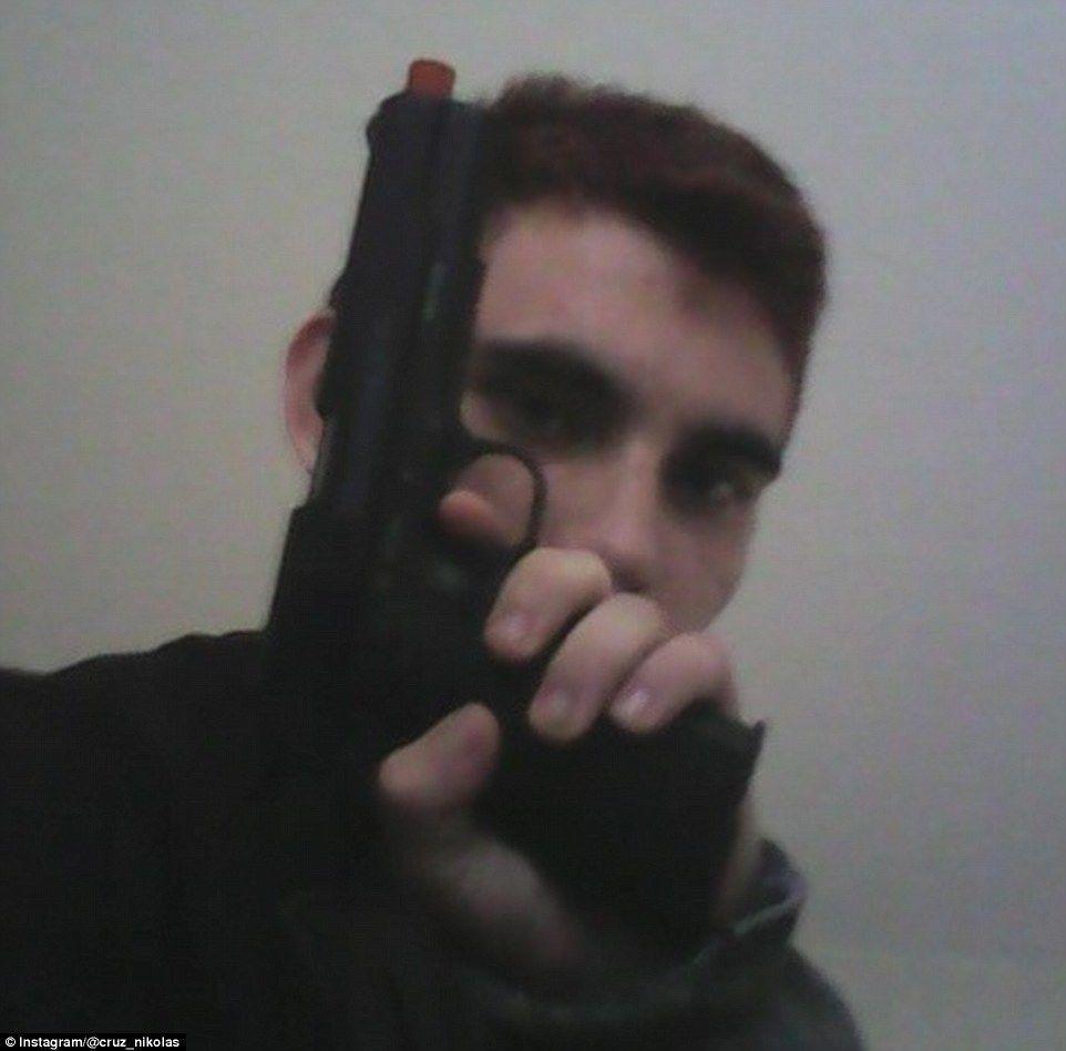 Стрілець у школі у Флориді