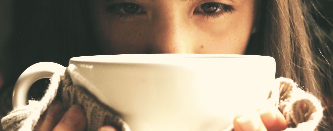 Безробітна росіянка випадково залишила 7 тисяч доларів чайових під час розрахунку за каву