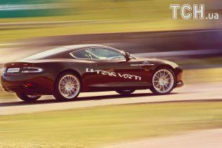 Фотокнигу включат в комплектацию к каждой модели Aston Martin