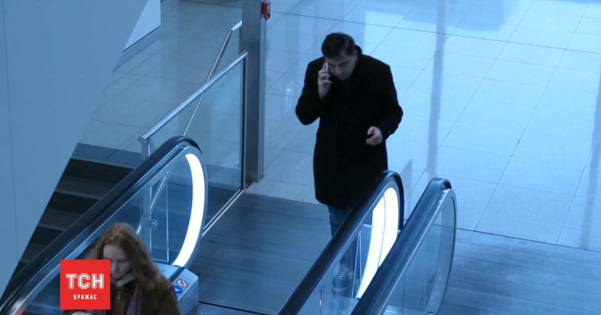 ТСН застала Саакашвили в аэропорту Мюнхена