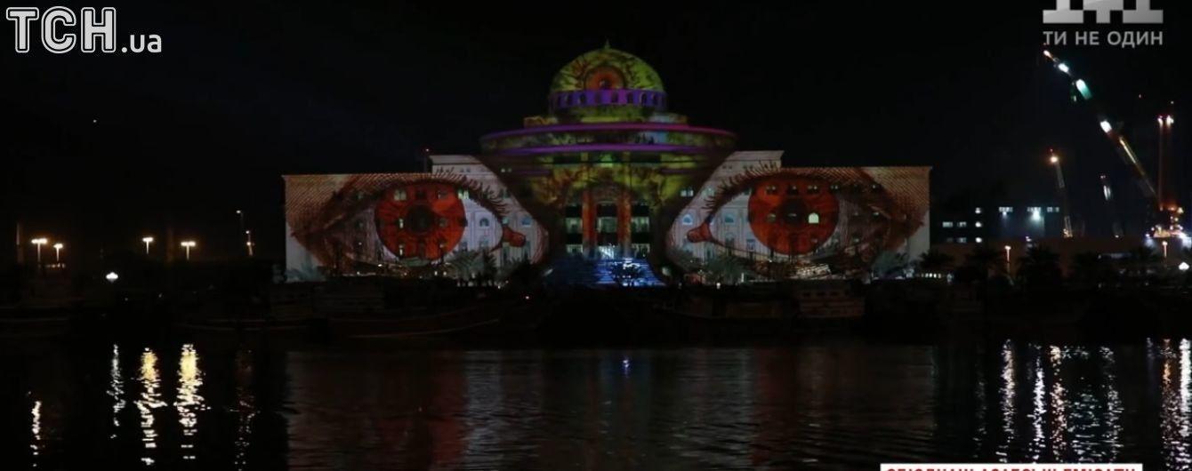 В ОАЭ устроили грандиозный фестиваль света, огни которого видны даже из космоса