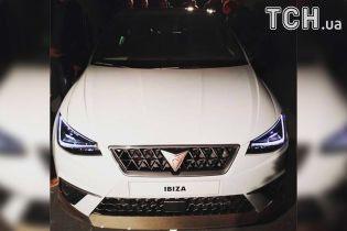"""В сети появились фото """"горячей"""" версии Ibiza с логотипом Cupra"""