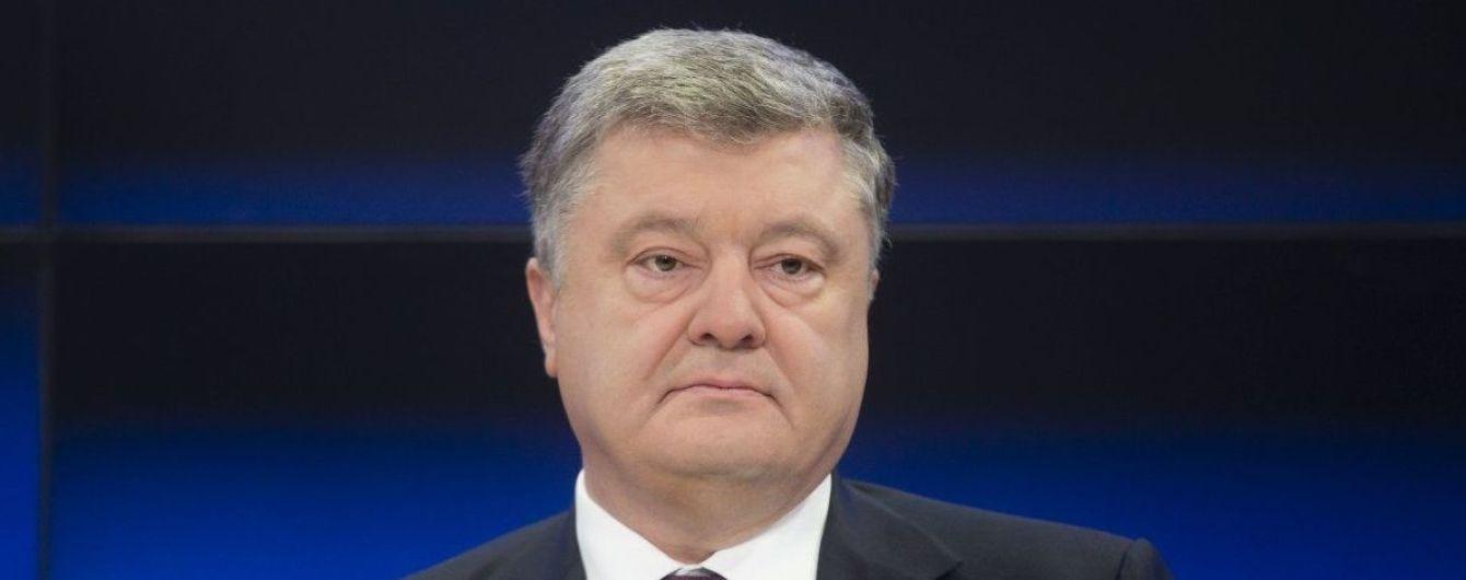 Українці зможуть оформити візу до Кувейту в аеропорту – Порошенко