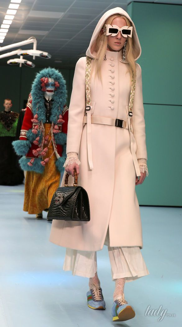 Показ коллекции бренда Gucci в Милане_18