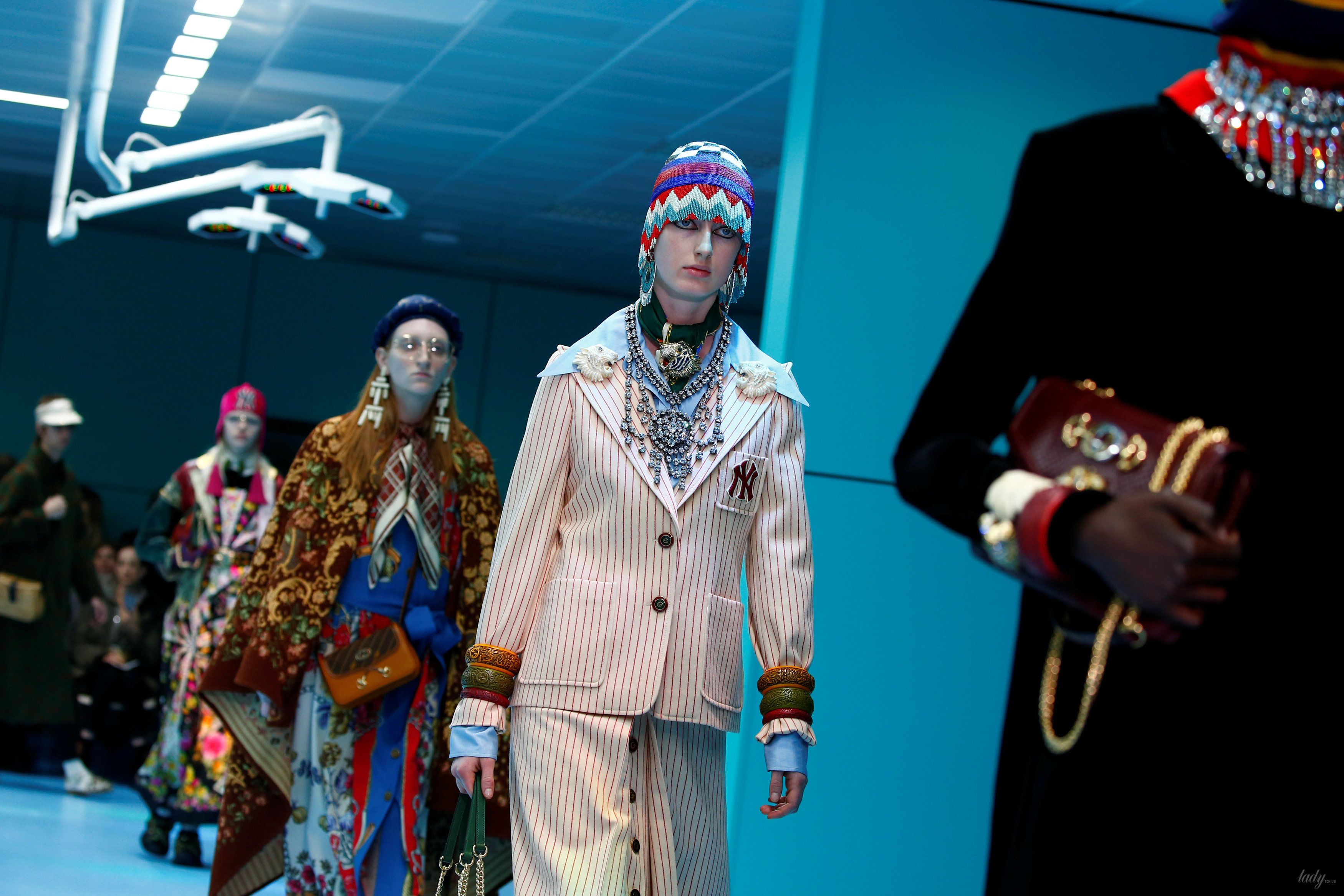 Показ коллекции бренда Gucci в Милане_27