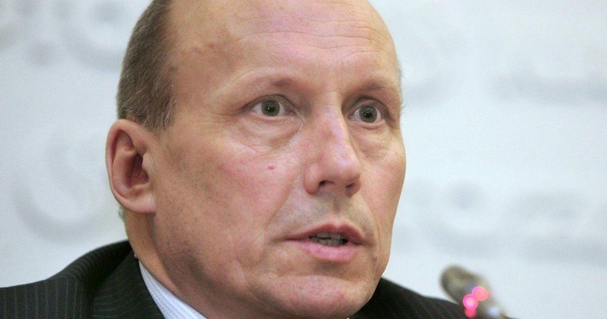 """Экс-глава """"Нафтогаза"""", которого хотят лишить депутатской неприкосновенности, не выходит на связь"""