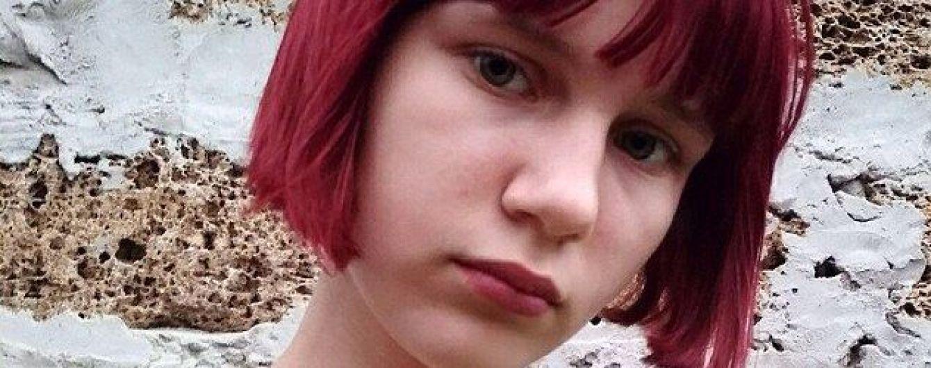 На оккупированной территории Донетчины стая собак растерзала 12-летнюю девочку