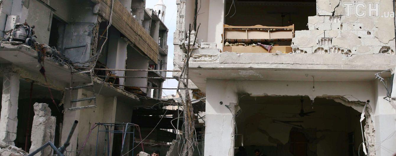 Унаслідок авіаударів військ Асада у сирійському місті Дума загинули близько 30 осіб