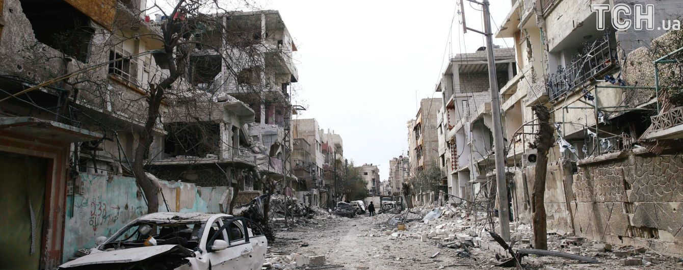 Уряд Сирії заявив про домовленість із повстанцями щодо їхньої евакуації з Думи