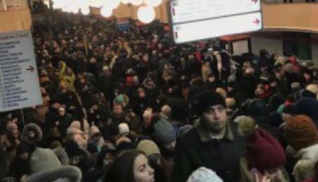 В Киеве в час пик остановили одну из линий метрополитена
