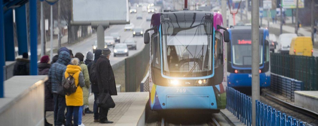 В Киеве временно ограничат движение скоростного трамвая