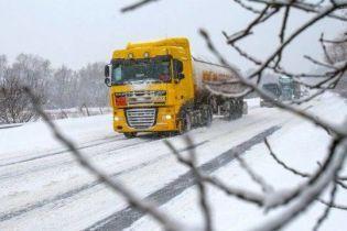 В последний день зимы грузовикам ограничат въезд в Киев