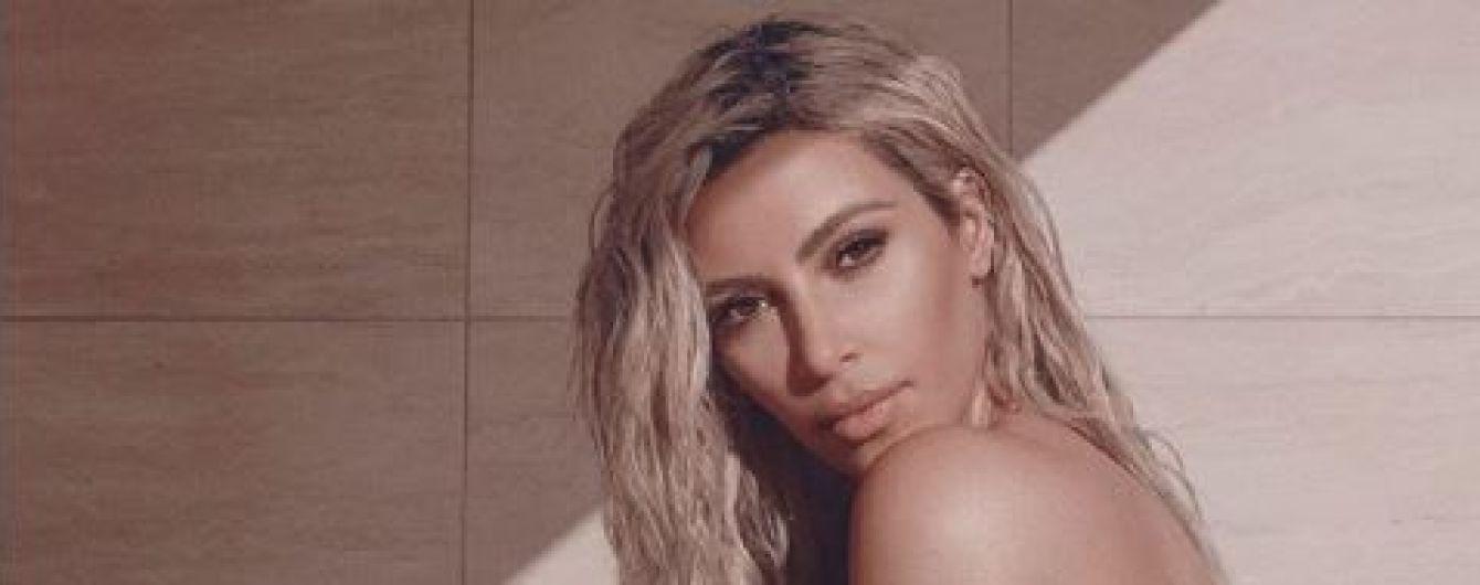 Утонченная Ким Кардашян украсила собой обложку Vogue