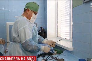 На Волыни хирурги изловчились преодолевать рак с помощью авиационного инструмента