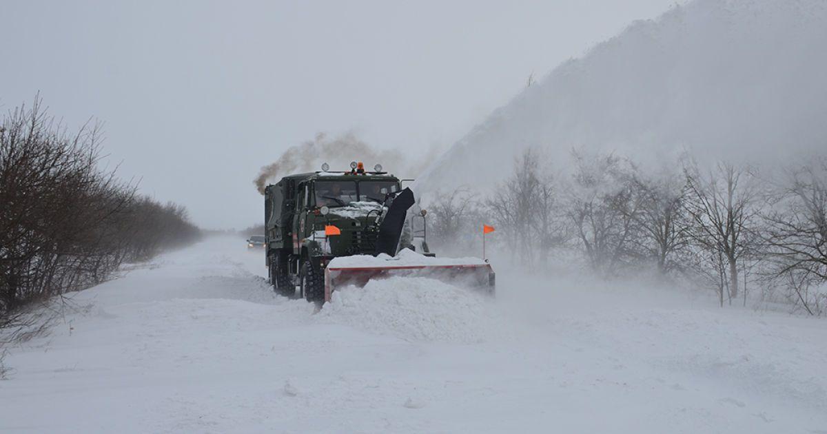 Метели, заносы и усиление морозов: в ближайшие дни в Украине синоптики прогнозируют ухудшение погоды