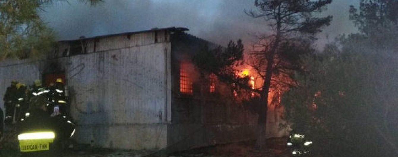 Пожар в наркологическом центре Баку унес жизни 30 человек