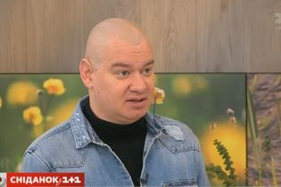 """Звезда """"Квартала 95"""" Кошевой примерил длинный парик и заговорил на украинском"""