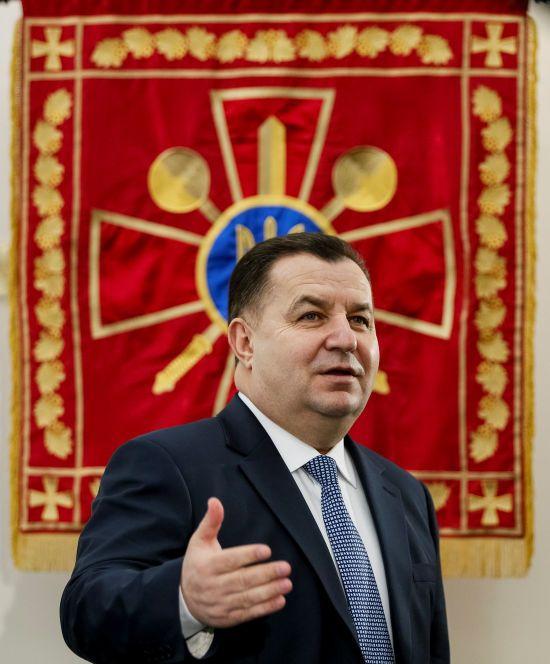 Україна веде перемовини про закупівлю ударних дронів та артсистем - Полторак