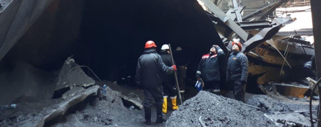 У Кривому Розі через обвал даху на металургійному комбінаті загинув 25-річний працівник