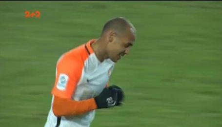 Карпати - Шахтар - 0:2. Відео голу Алана Патріка