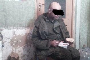 Украинские военные в зоне АТО задержали боевика из Российской Федерации