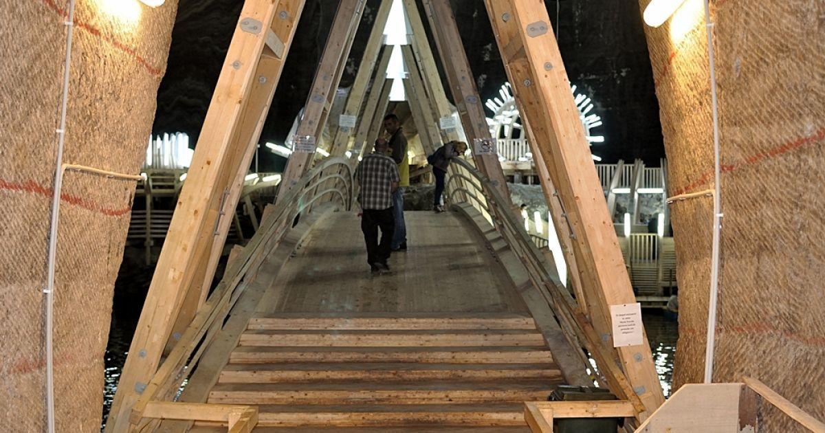 Огромные соляные шахты Трансильвании скрывают фантастический развлекательный парк