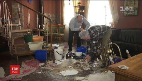 В Киеве из-за прорыва трубы без отопления остался многоэтажный дом