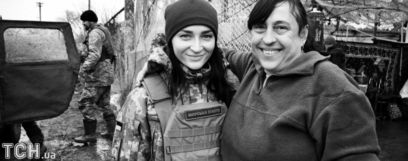 В украинской армии проходят службу около 25 тысяч женщин - Полторак