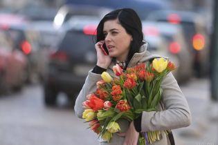 Цветы или суровая борьба за права: украинцы разделились в оценках 8 Марта