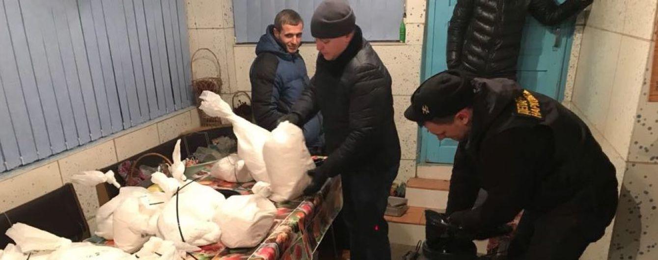 У Харкові затримали екс-міліціонера з партією наркотиків на десятки мільйонів