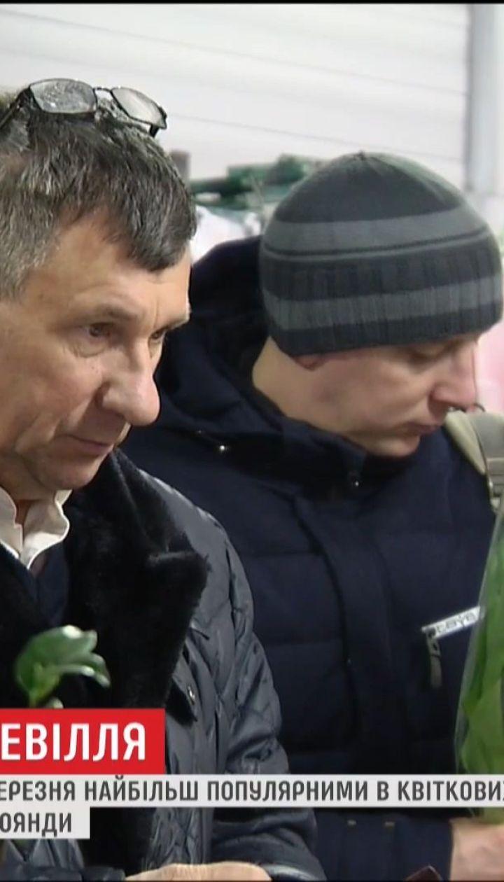 Мужчины устроили ажиотаж в цветочных магазинах в преддверии 8 марта