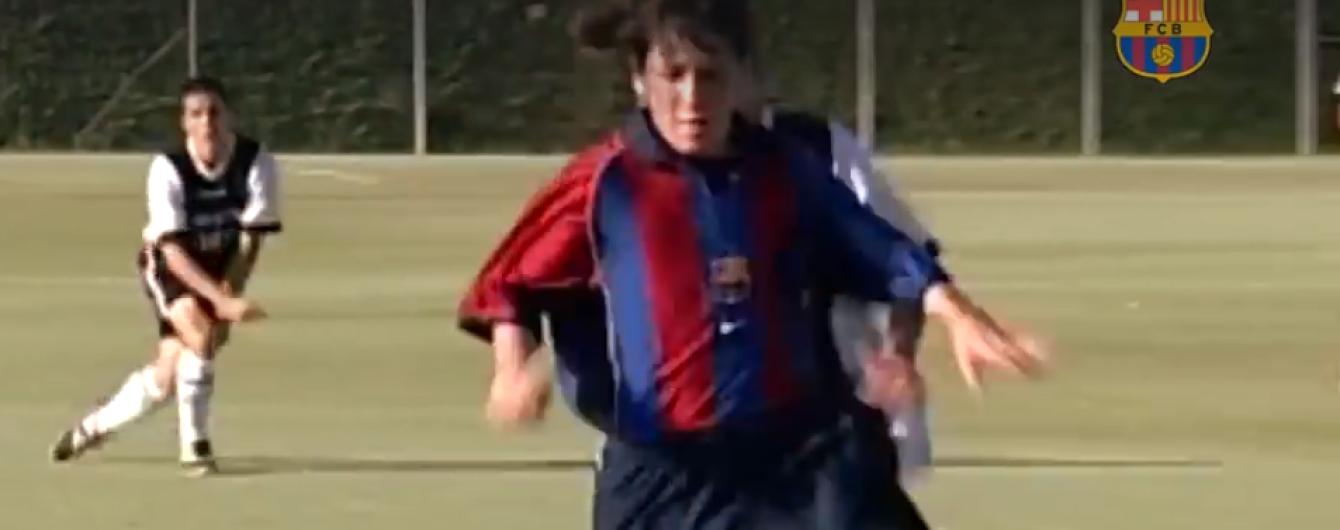 """""""Барселона"""" показала Мессі в день його дебюту"""