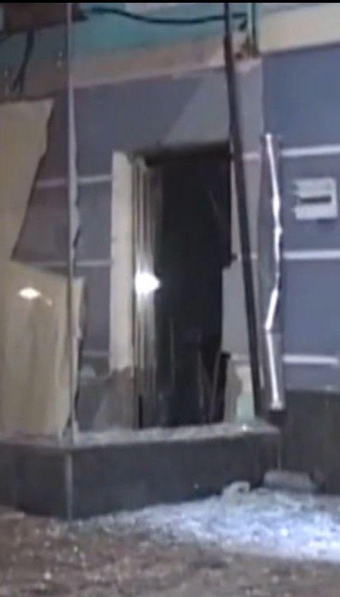 У центрі Києва невідомий з гранатомета обстріляв ресторан