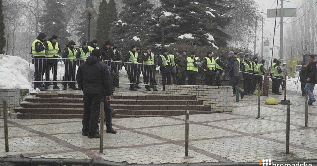 @ Громадське