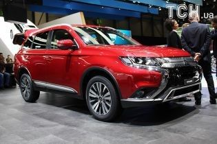 Mitsubishi показали семиместный Outlander