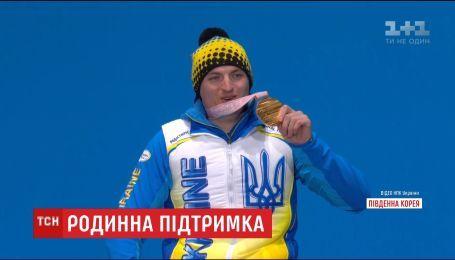 Мама паралимпийца Максима Ярового рассказала, как сын после травмы позвоночника смог поверить в себя