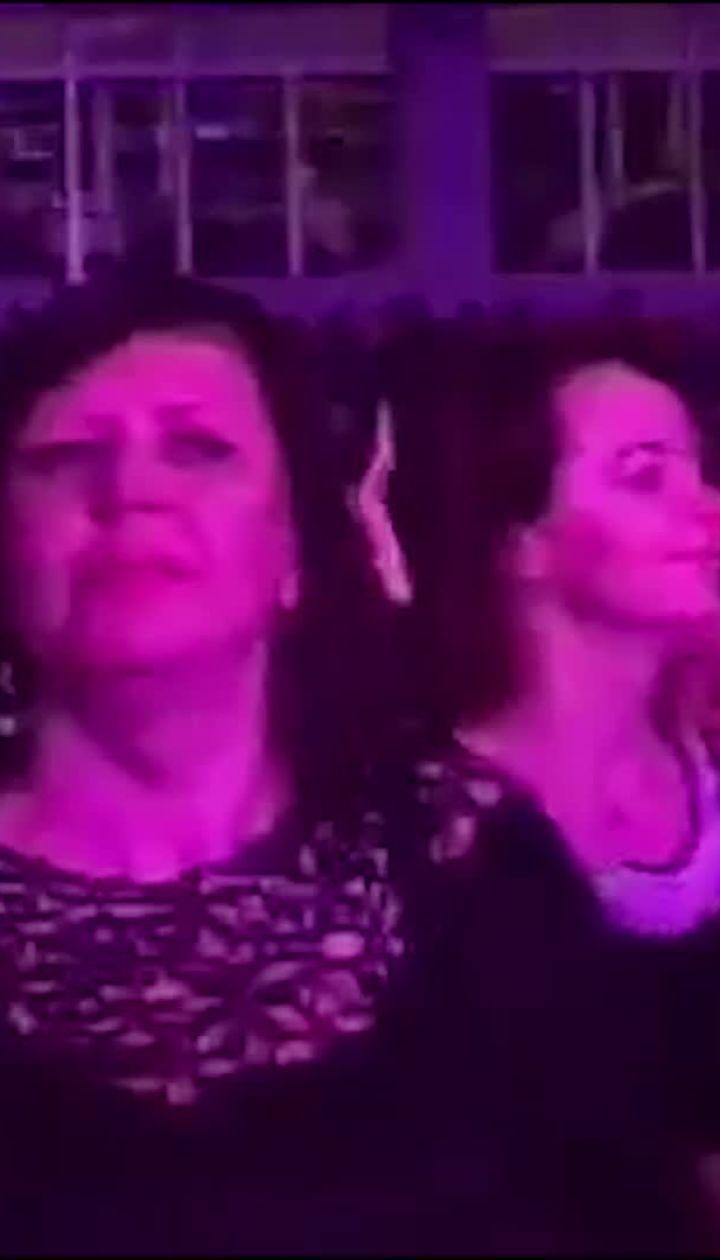 """Безумные танцы и признание в любви: Винник собрал аншлаг на концерте """"О любви"""""""