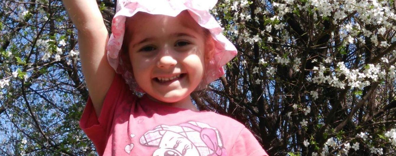 В немедленной помощи нуждается 5-летняя Даша